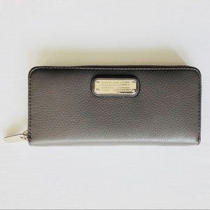 NWT Marc Jacobs Slim Q Faded Aluminum Wallet